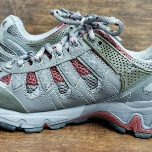 Women's The North Face Gortex Tennis Shoes Size 7